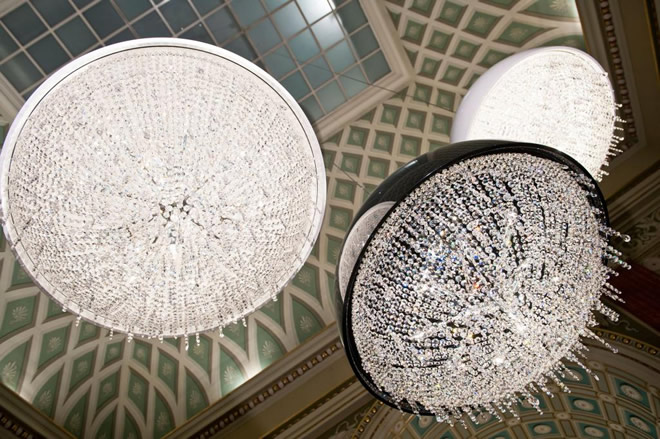 Art Hall, Manooi Crystal Chandeliers