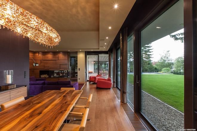 Forest Hill Villa with Artica crystal chandelier, Manooi Crystal Chandeliers